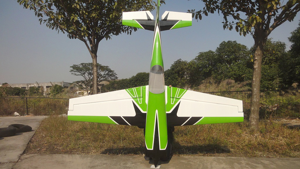 Pilot-RC 31% Extra-330SC 92in (2 34m) (Green/White/Black