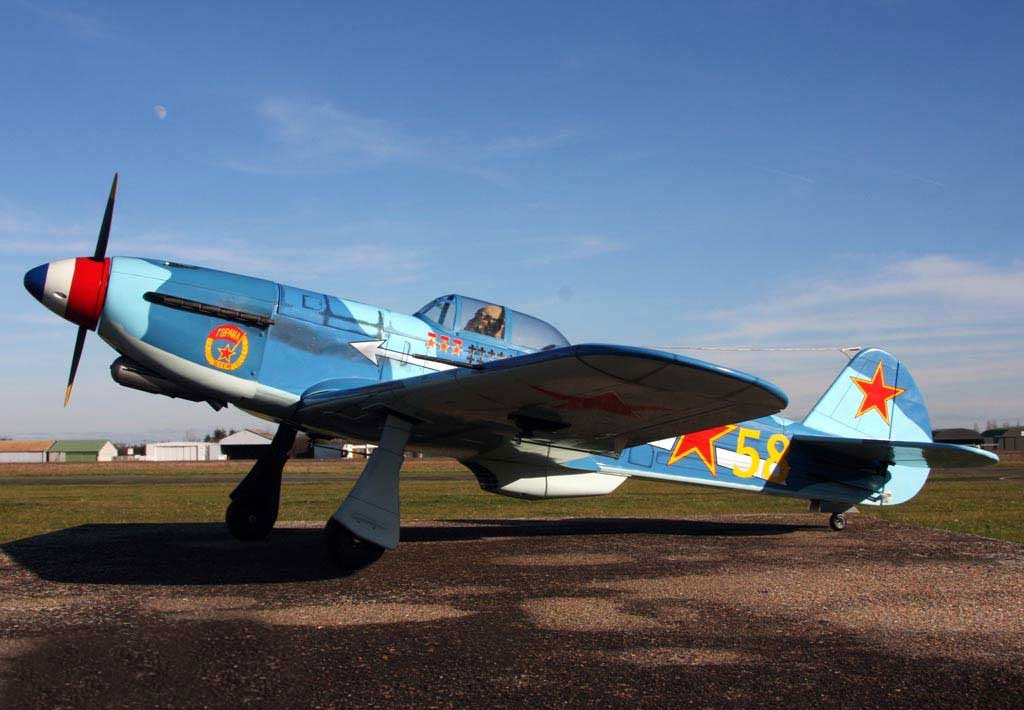 "VQ Models Yak-9 (Soviet) 59.8"" Wingspan (EP/GP) - Click Image to Close"